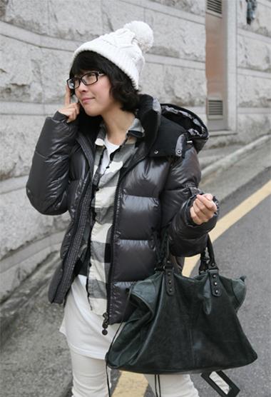 Moncler Himalaya Hooded Down Jacket Black