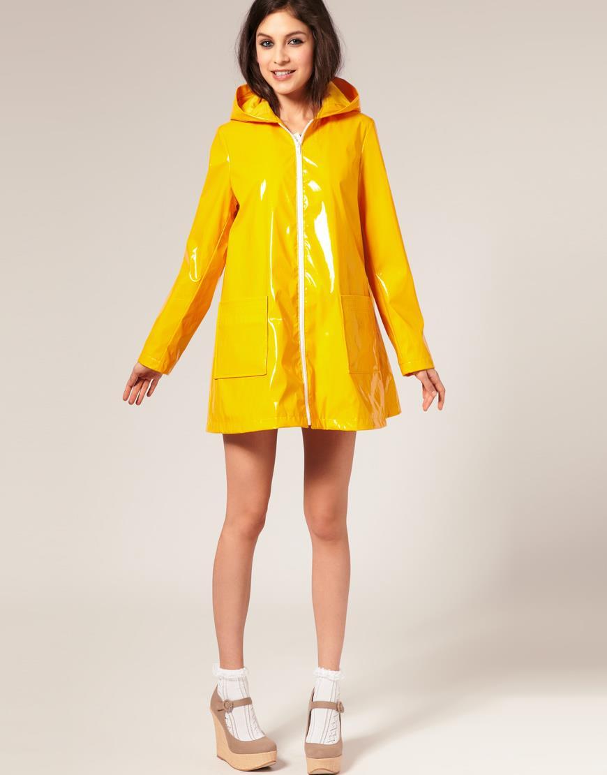 Yellow rain jacket | SHINY NYLON